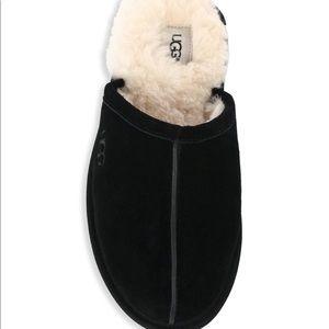 Ugg Scuff Men's Slippers. Black suede